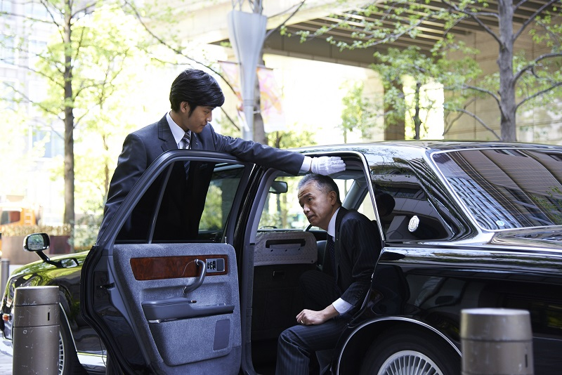 JAPAN LIMO SERVICE WITH ENGLISH SPEAKING DRIVER